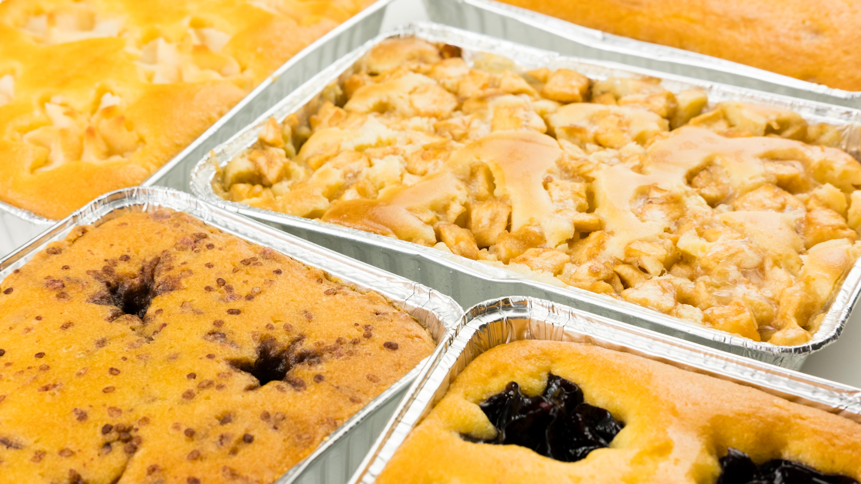 G: Kuchen-Törtchen in Tray